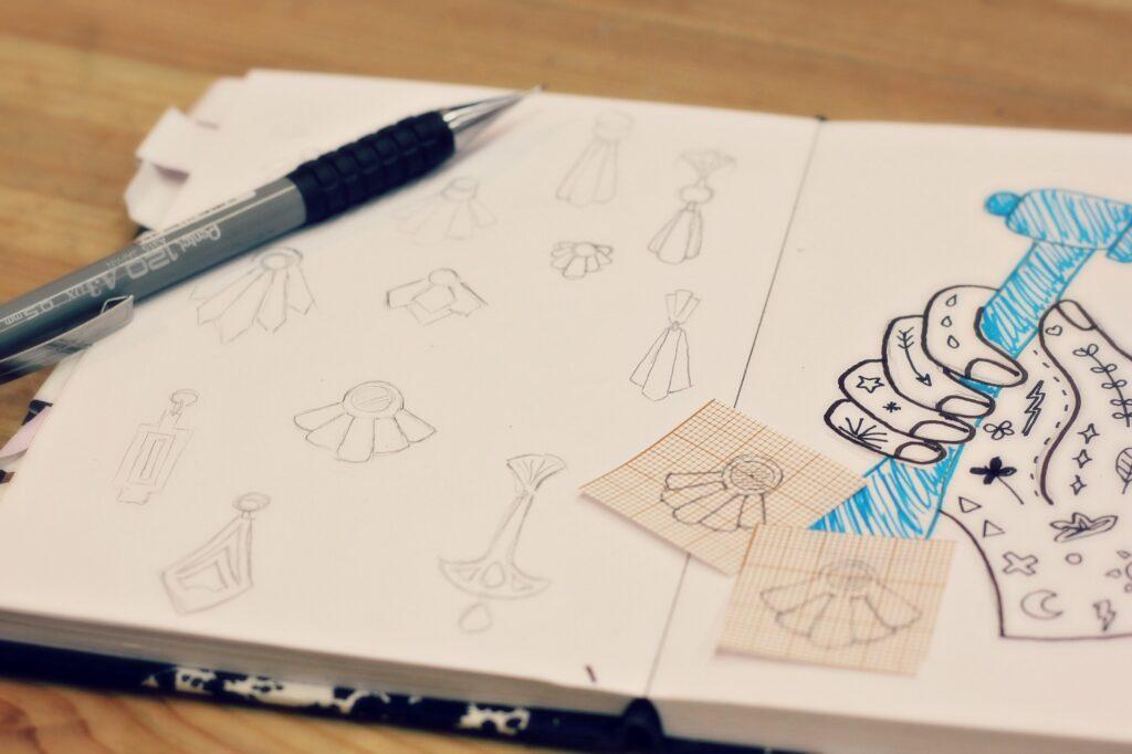 Boucles Art Déco, croquis - www.apprendre-la-bijouterie.com
